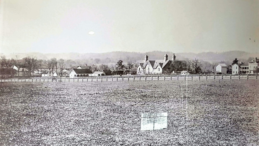 Old photo of the Belle Meade Plantation